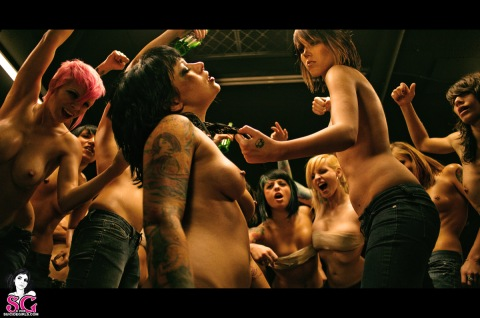 female-fight-club-11