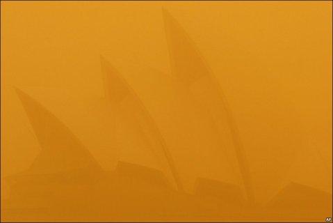 red dust storm sydney 23rd sept 10