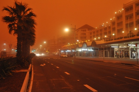 red dust storm sydney 23rd sept 5